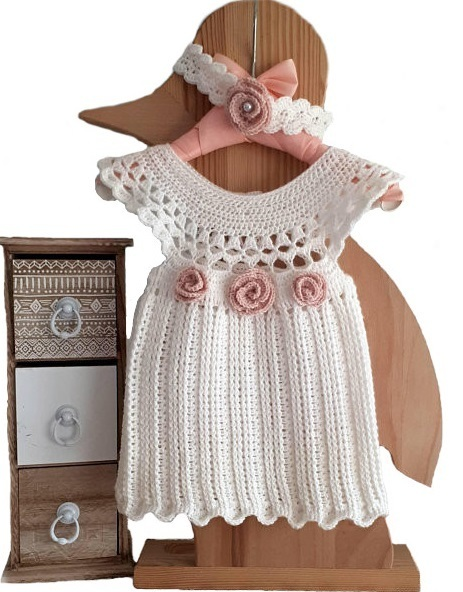 on sale 882c6 f75fe Baby Sommerkleid gehäkelt Gr. 62/68, Babykleid 4-6 Monate Wo